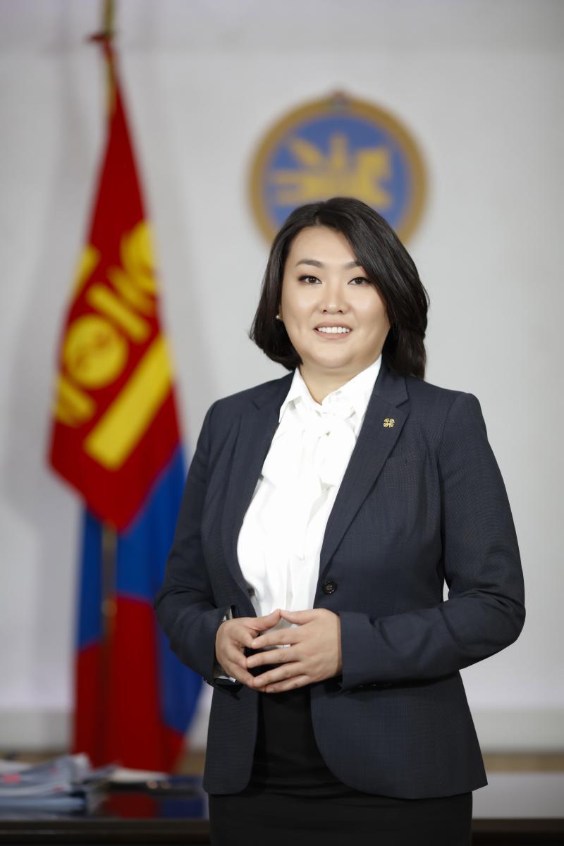Монгол Улсын Засгийн газрын гишүүн, Хөдөлмөр, нийгмийн хамгааллын сайд А.АРИУНЗАЯА